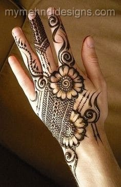 50-best-floral-mehndi-designs49-min