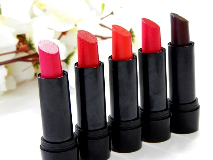 Elle18-Color-Pop-Matte-Lipsticks-review-swatches-shades-price-buy-online
