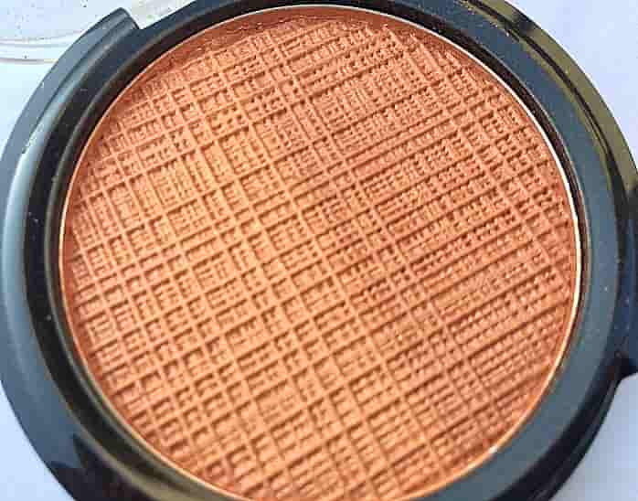 Lakme-Absolute-Sunkissed-Bronzer-Review