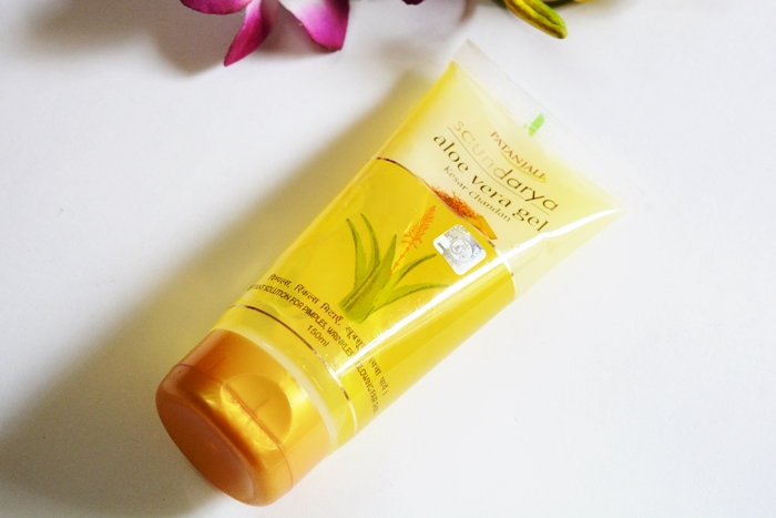 Patanjali Saundarya Aloe Vera Gel with Kesar Chandan Review